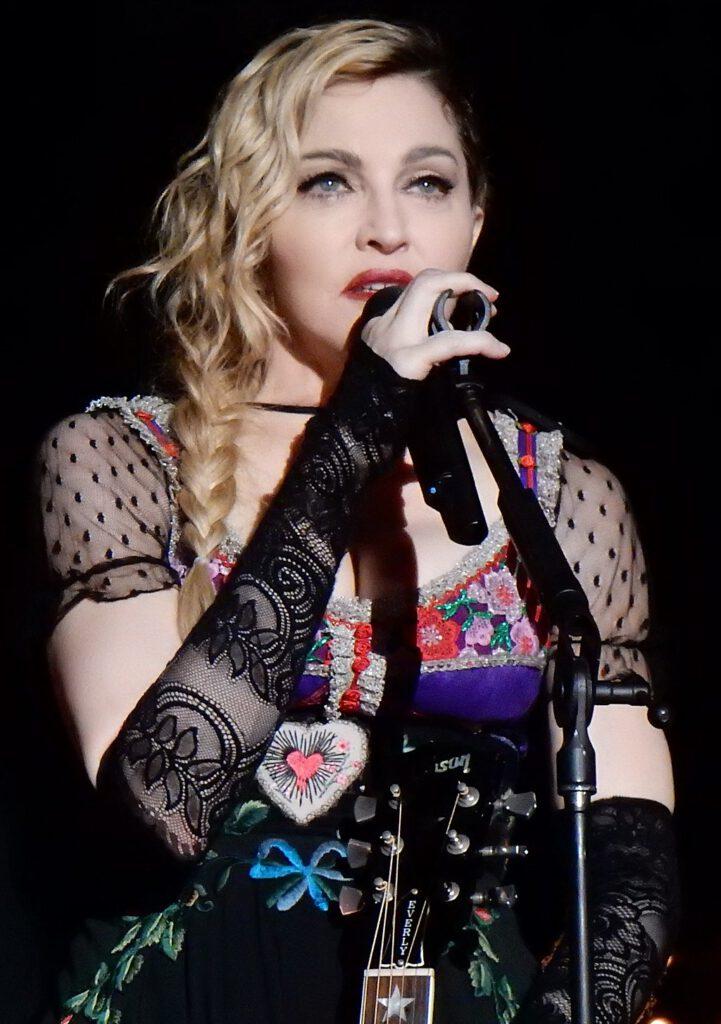 chrisweger - Madonna Rebel Heart Tour 2015 - Stockholm